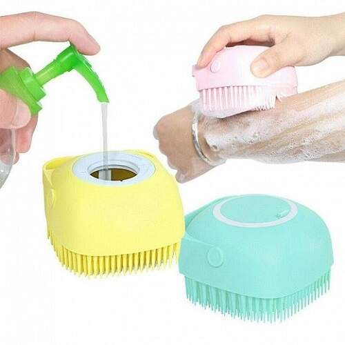 Силиконовая щетка с резервуаром для мыла