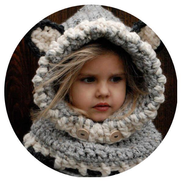 Шапка-шлем вязаная Котенок