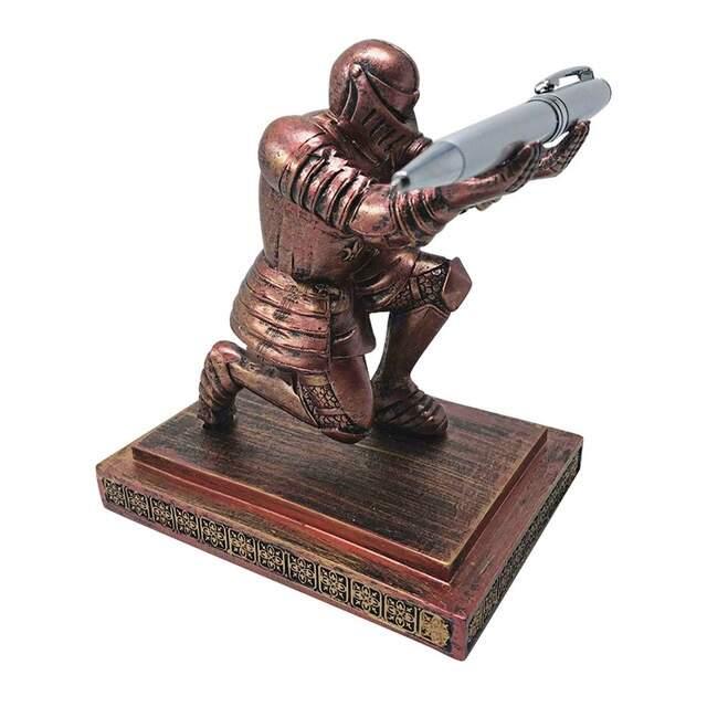 """Подставка для ручки """"Рыцарь"""""""