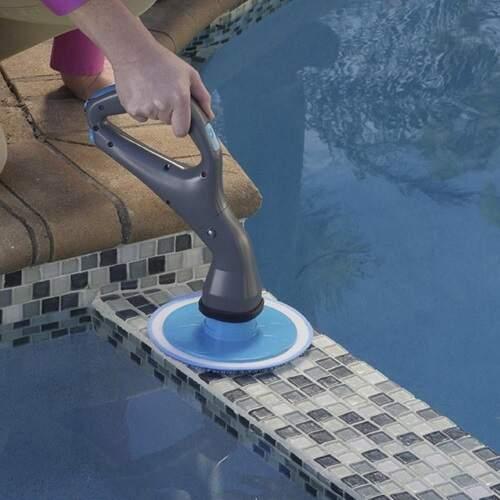 Щётка для уборки беспроводная Hurricane Muscle Scrubber