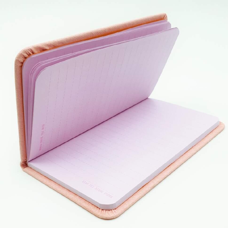 bloknot s ruchkoy flamingo v shlape